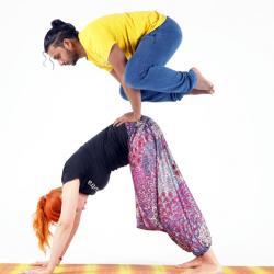 Парная йога с Азизом Киркере